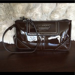 COACH BROWN Patent Small Wristlet